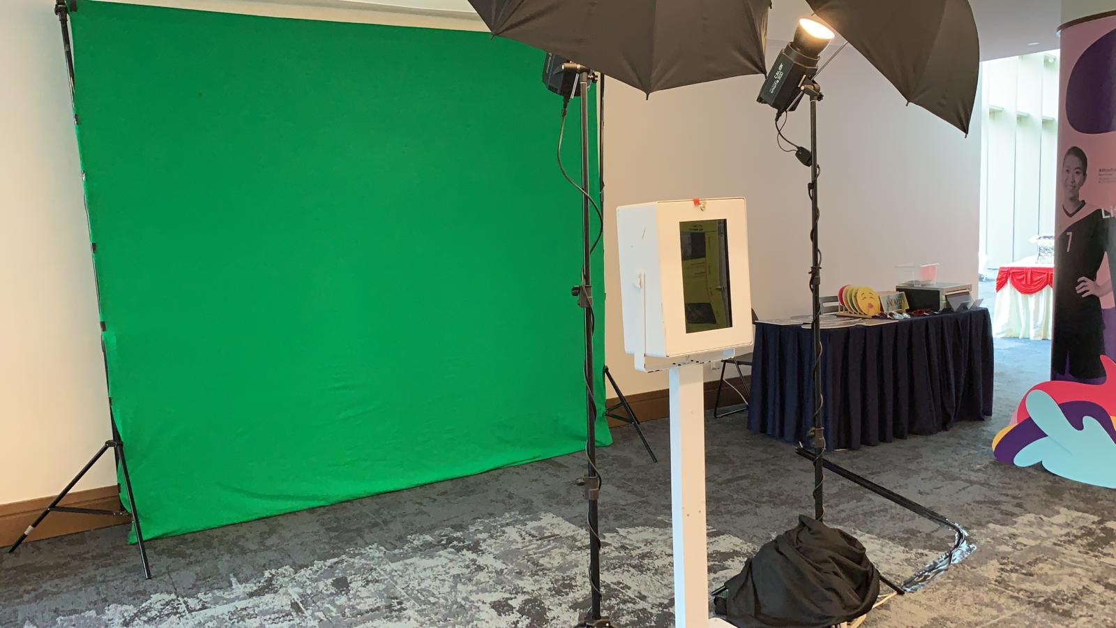 Green Screen Photo Booth 6